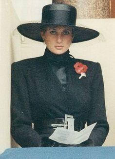 My Dracula black Princess shutterbug look?:  Diana
