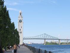 velho porto em montreal - torre do relogio e ponte jacques cartier