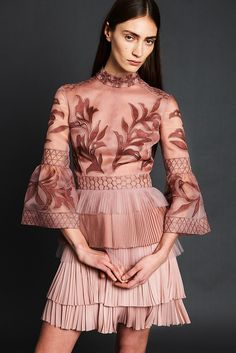 See all the Collection photos from J.Mendel Autumn/Winter 2017 Pre-Fall now on British Vogue Fashion In, Fashion 2017, Runway Fashion, Fashion Show, Fashion Dresses, Womens Fashion, Fashion Design, Fashion Trends, Haute Couture Style