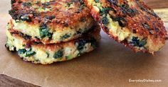 Healthy kale quinoa patties.  If you can't form a patty add another egg or you may have chopped kale too coarsly.  Can bake: 400 degrees. Spray cookie sheet and spray top a little with spray to brown.