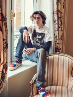 """""""New/old photos of Timothée for Elle France (📸 Thomas Laisné)"""" Beautiful Boys, Pretty Boys, Beautiful People, Timmy T, Celebs, Celebrities, Baby Daddy, Hot Boys, Cute Guys"""