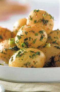 Low FODMAP Recipe and Gluten Free Recipe - Herbed potato salad http://www.ibs-health.com/low_fodmap_herbed_potato_salad.html