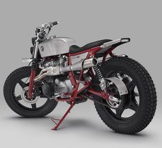 """Honda CB650 Scrambler """"Balfour"""" by Thrive Motorcycle. Una Scrambler con un motor de cuatro cilindros en línea y dos colectores de escape bestiales."""