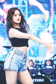 Kpop Girl Groups, Korean Girl Groups, Kpop Girls, Euna Kim, My Girl, Cool Girl, Kim Min Hee, Soyeon, Minnie