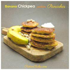 Chickpea protein pancakes - sub vegan protein powder. Looks so yummy!