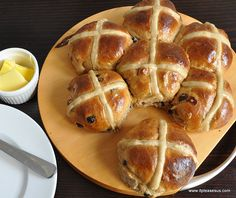 Spelt hot cross buns: seriously delicious