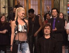 Gwen Stefani nails hilarious SNL 'Space Pants' duet with host Peter Dinklage... before the Game Of Thrones star gets completely naked in shocking skit | Daily Mail Online