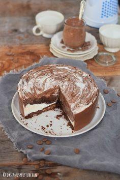 Black & White Marmor Schoko Creme Torte