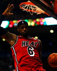LeBron James Lebron James Miami Heat, 2010 Dodge Challenger, Nba Champions, Sport Quotes, Girl Body, Inspirational Videos, King James, Body Inspiration, Basketball Players