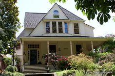"""""""The Hand That Rocks the Cradle"""" house 808 Yakima Tacoma WA today"""