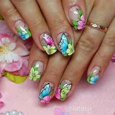 If and when I have the time, my next polish change will be this :) Flower Nail Designs, Pretty Nail Art, Beautiful Nail Designs, Nail Art Designs, Spring Nails, Summer Nails, Finger Nail Art, Nail Polish Art, Butterfly Nail