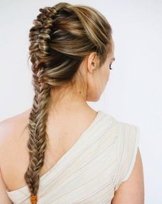 Summer Braids Inspiration - 9 Beach Hairstyles To Try On Your Holiday