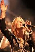 Imagine! A brand-new worship song by Darlene Zschech! - http://reachmorenow.com/imagine-a-brand-new-worship-song-by-darlene-zszech/ - http://reachmorenow.com/wp-content/uploads/2015/04/images-41.jpg