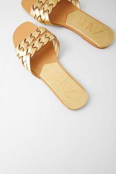 Shoes Flats Sandals, Slipper Sandals, Beaded Sandals, Metallic Sandals, Flat Sandals, Chloe Shoes, Kid Shoes, Leather Slippers, Leather Shoes
