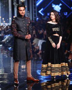 Asim Azhar and Hania Aamir Pakistani Fashion Party Wear, Pakistani Wedding Outfits, Pakistani Girl, Pakistani Bridal Wear, Pakistani Dress Design, Pakistani Actress, Pakistani Dresses, Indian Fashion, Pakistani Dramas