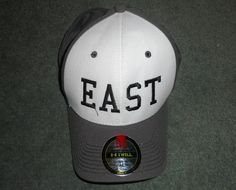 Men's Grey & White UNDER ARMOUR HEATGEAR A-Flex EAST Logo Hat, Size XL, GUC! #UNDERARMOURHEATGEARAFLEX #BaseballCap