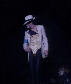 Fan Art of Michael Jackson Dangerous Tour for fans of Michael Jackson 15789698 Michael Jackson Dangerous, Michael Jackson Gif, Janet Jackson, Paris Jackson, Mj Dangerous, Jackson Family, King Of Music, The Jacksons, Planet Of The Apes