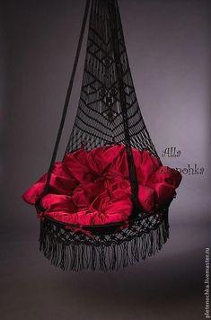 Buy or order a chair hammock & # Sweet … - Macrame 2019 Macrame Hanging Chair, Macrame Chairs, Macrame Art, Macrame Projects, Hammock Chair, Swinging Chair, Swing Chairs, Swing Seat, Hammock Swing