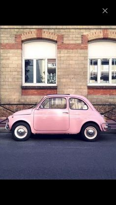 Love a vintage fiat 500 especially a pink one! Pink Love, Pretty In Pink, Girly, Photowall Ideas, Tout Rose, Rose Pale, Oldschool, Cute Cars, Jolie Photo