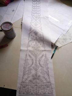 New Embroidery Designs, Hand Embroidery Patterns, Embroidery Art, Textile Patterns, Embroidery Stitches, Pattern Art, Pattern Design, Geometric Stencil, Sari Design