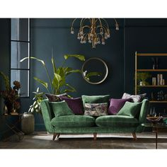 I love everything in this beautiful emerald green and brass living room. Except for the purple accent I love everything in this beautiful emerald green and brass living room. Except for the purple acce Living Room Accents, Living Room Green, Living Room Colors, Home Living Room, Living Room Designs, Bedroom Green, Bedroom Colors, Interior Design Minimalist, Decoration Bedroom