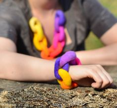 This hand felted chain link necklace and matching bracelet set is a brilliant gift for the Holidays. A ombre rainbow inspired by the sunset, these