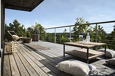 Skandinaviska Sommarvillor - www.sommarnojen.se #summerhouse #architecture #view