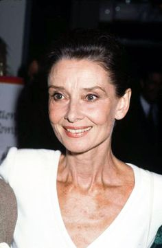 Audrey Hepburn photographed by Ron Galella at the International Women's Forum at the Beverly Hills Hilton Hotel in Beverly Hills, California, United States, Oct. Audrey Hepburn Pictures, Audrey Hepburn Quotes, Audrey Hepburn Style, Beverly Hills Hilton, Robert Wolders, Shirley Maclaine, Bill Cosby, Roman Holiday, Beautiful Lips