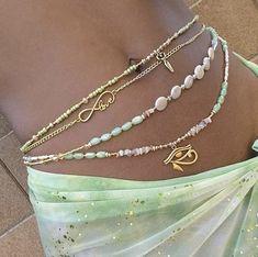 Mode Für Teenies, 00s Mode, Cute Jewelry, Beaded Jewelry, Jewelry Accessories, Diy Jewelry Necklace, Summer Accessories, Hippie Jewelry, Summer Jewelry