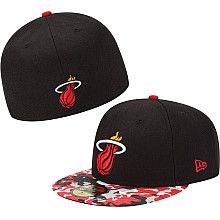 New Era Miami Heat Camo Visor 59FIFTY Fitted Hat - NBAStore.com Fitted  Baseball Caps ef98f94a1bac