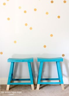 6 WAYS TO DECK OUT YOUR HOME IN DOTS! | Best Friends For Frosting