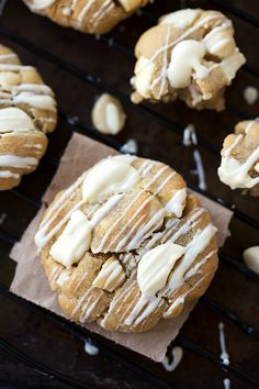 Simple White Chocolate Macadamia Nut Cookies with Coconut Oil