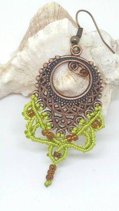 Macrame earrings tribal earrings bohochic earrings von JewelnKnit
