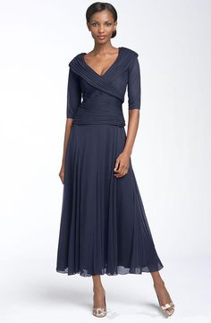 Half Long Sleeve Mother Bride Dress Tea Length Chiffon Dresses Mother Bride V Neck Pleats 2016 Mother Groom Dresses Zipper Back Evening Gown Mother Of The Bride Dresses Uk Mother Of The Bride Hairstyles From Cosmobride, $108.55| Dhgate.Com