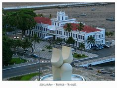 Capitania dos portos localiza-se no comercio da capital Salvador em frente ao elevador Lacerda