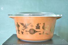 SALE Vintage Americana  Pyrex Casserole Dish by OhSoRetroVintage, $8.00