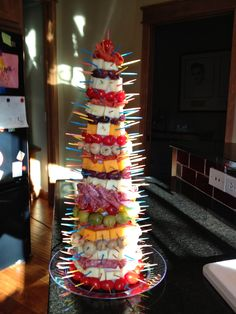 Cats On The Homestead: Appetizer Tree christmas fingerfood Finger Food Appetizers, Christmas Appetizers, Appetizers For Party, Appetizer Recipes, Holiday Treats, Christmas Treats, Holiday Recipes, Antipasto, Aperitivos Finger Food