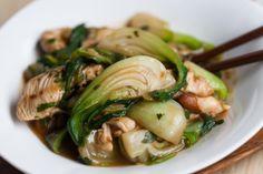 Stir-fry de bok choy au gingembre et poulet Stir Fry, Potato Salad, Fries, Turkey, Soup, Potatoes, Asian, Chicken, Ethnic Recipes