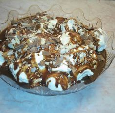 ΓΛΥΚΑ Archives - Page 4 of 18 - Igastronomie. Greek Desserts, Greek Recipes, Easy Desserts, Cookbook Recipes, Cooking Recipes, Easy Sweets, Icebox Cake, Candy Recipes, Food Design