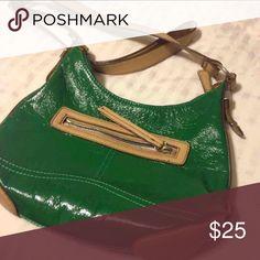 Nine West green shoulder purse Great condition Bags Shoulder Bags