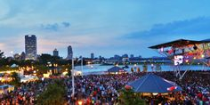 Wisconsin: Summerfest June 24 - July 5: Milwaukee, WI Quick, pub trivia question of the day: What city plays host to the largest music festival in the world? Surprising answer nobody outside Wisconsin would ever guess: Milwaukee. Yep, for two weeks during the summer, America's Dairyland shows off its best weather while over 800 acts from across the country put on 1,000-plus shows over 11 stages.
