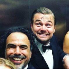 Leonardo DiCaprio so happy Oscar 2016 Leonardo Dicaprio Funny, Leonard Dicaprio, Leo And Kate, Portrait, Leo Love, Def Not, Kate Winslet, Brad Pitt, American Actors