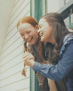 imagen descubierto por Anne_whitane _fans Mx. Descubre (¡y guarda!) tus propias imágenes y videos en We Heart It Gilbert Blythe, Diana Barry, Amybeth Mcnulty, Tumbrl Girls, Gilbert And Anne, Anne White, Anne With An E, Enola Holmes, Anne Shirley