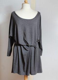 À vendre sur #vintedfrance ! http://www.vinted.fr/mode-femmes/robes-casual/49703940-robe-grise-casual