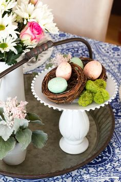 This cobalt blue and blush pink spring tablescape will give you lots of inspiration to get your dining room ready for your spring entertaining or Easter brunch. Easter Brunch, Cobalt Blue, Tablescapes, Blush Pink, Color Schemes, Boy Or Girl, Dining Room, Eggs, Party Ideas
