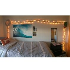 A place for college students to get decoration inspiration, advice, and showcase their own dorm. Dorm Design, Interior Design, Cool Dorm Rooms, Dorm Walls, Pretty Room, Dorm Life, My Dream Home, Room Inspiration, Cool Stuff