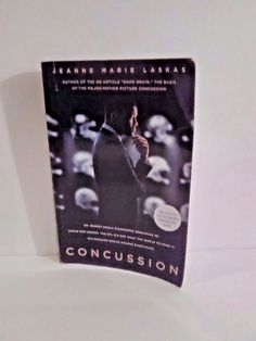 Concussion Paperback Book English Movie tie in cover Jeanne Marie Laskas