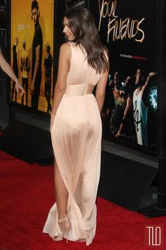 Zac-Efron-Emily-Ratajkowski-We-Are-Your-Friends-Los-Angeles-Movie-Premiere-Res-Carpet-Fashion-Tom-Lorenzo-Site-TLO (8)