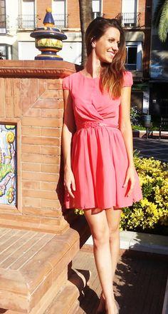 Vestido Coral http://probandoropa.com/es/vestidos/vestido-coral