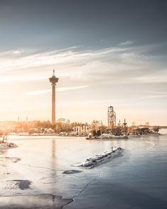 Särkänniemi amusement park, waiting for the spring 😍#VisitTampere @sarkanniemi #Tampere 📷Laura Vanzo Examples Of Art, Art Nouveau Architecture, City Maps, Parka, New York Skyline, Places To Go, Buildings, Wanderlust, Europe